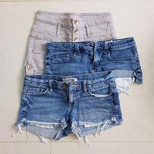 (3) Shorts Bundle! 💙